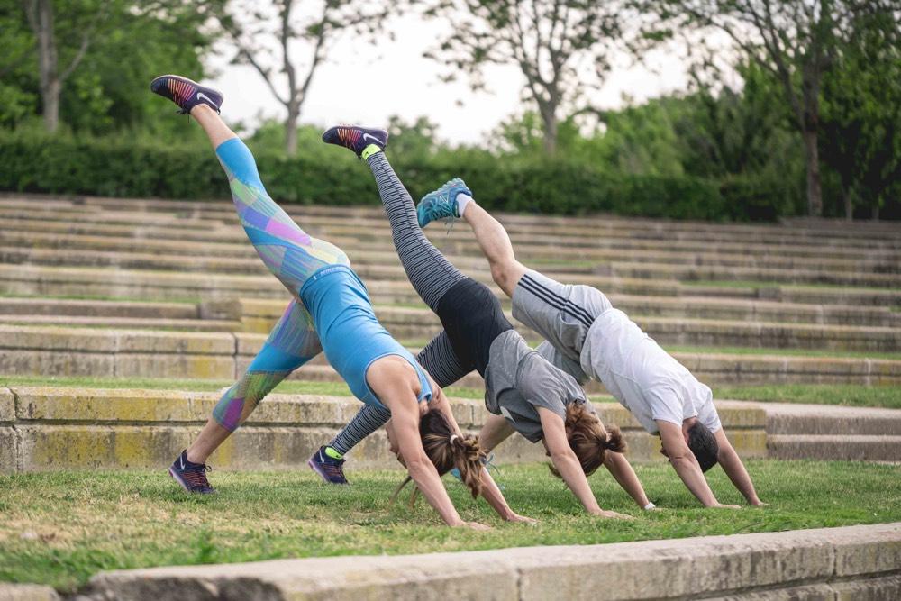 inspirafit yoga entrenamiento mindfulness saludos al sol
