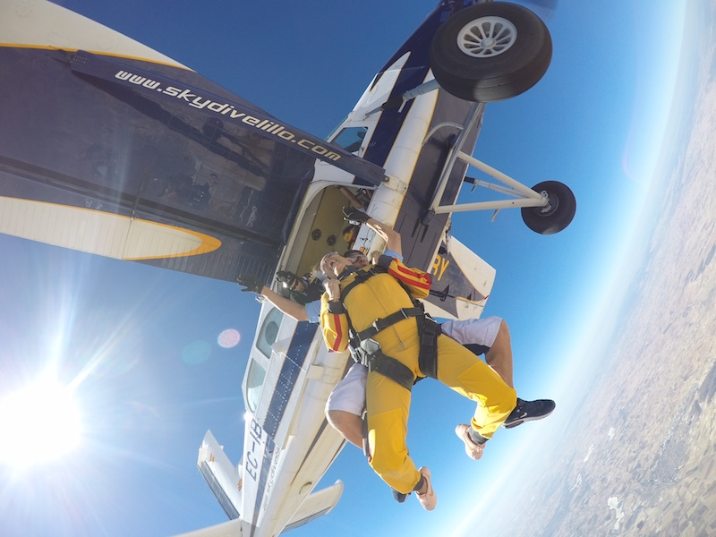 saltar en paracaidas sky dive lillo