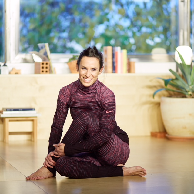 yoga nike inspirafit año nuevo
