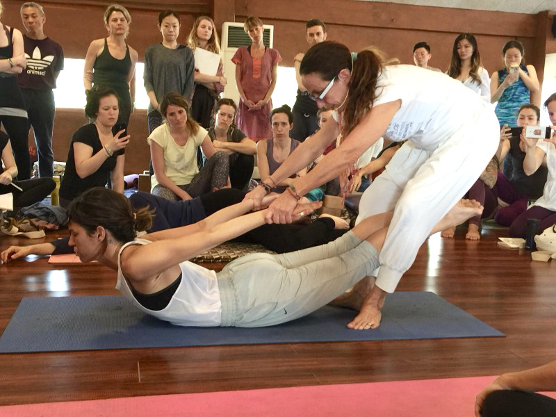 Jivamukti Yoga pau inspirafit la india