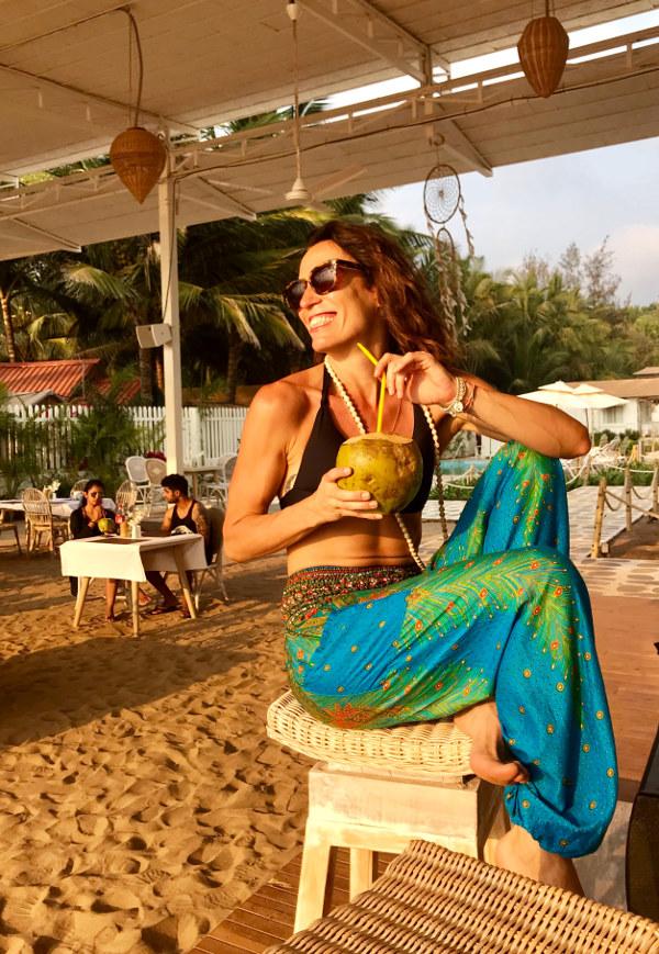 paula butragueño playa goa la india lifestyle